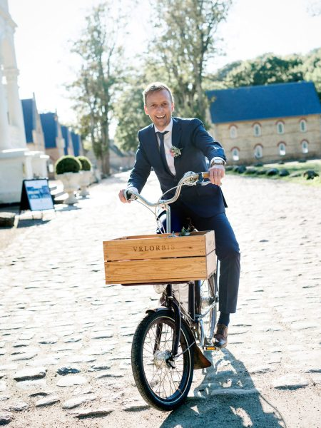 Fine Art portrait of Groom on Velorbis bike at Kokkedal Slot Copenhagen