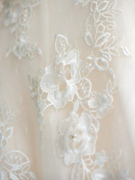 Bridal lace detail of Pronovias dress