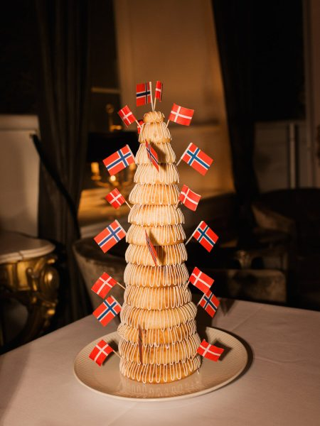 Kransekake Norwegian wedding cake Kokkedal Slot