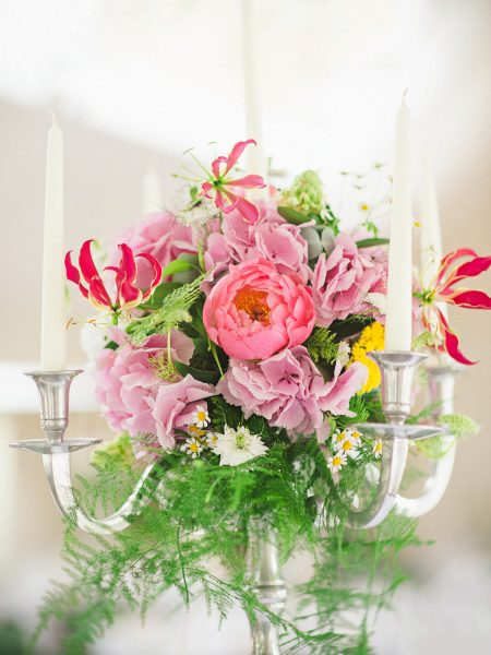 Table centrepieces rustic flowers peony hydrangea pink, lilac and ferns
